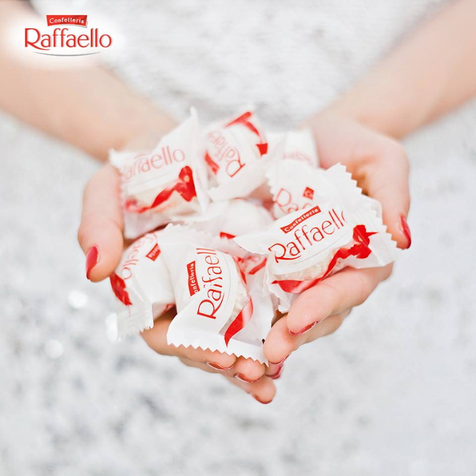 Россия будет поставлять конфеты Raffaello за рубеж