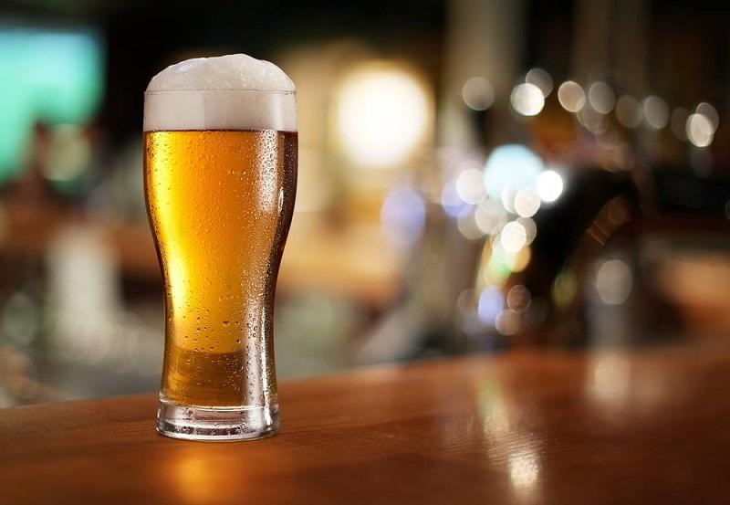 Heineken открыл первый магазин разливного пива в России