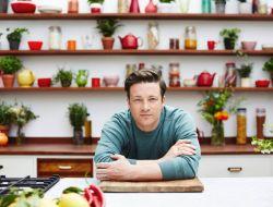 Джейми Оливер закрывает свои рестораны в Великобритании