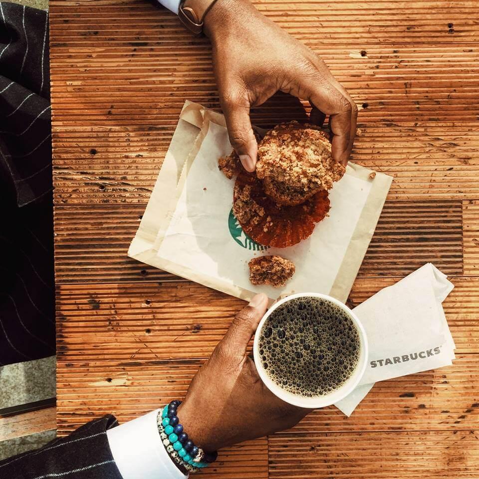 Starbucks запускает в России сеть пунктов самообслуживания