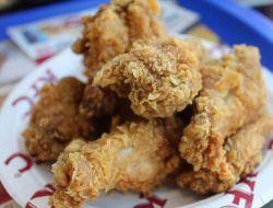 В KFC разрешат оплачивать заказы «Тройкой»
