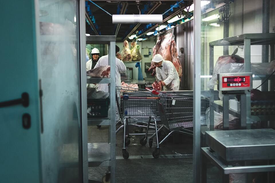 Отечественные мясники просят правительство повысить цены на мясо