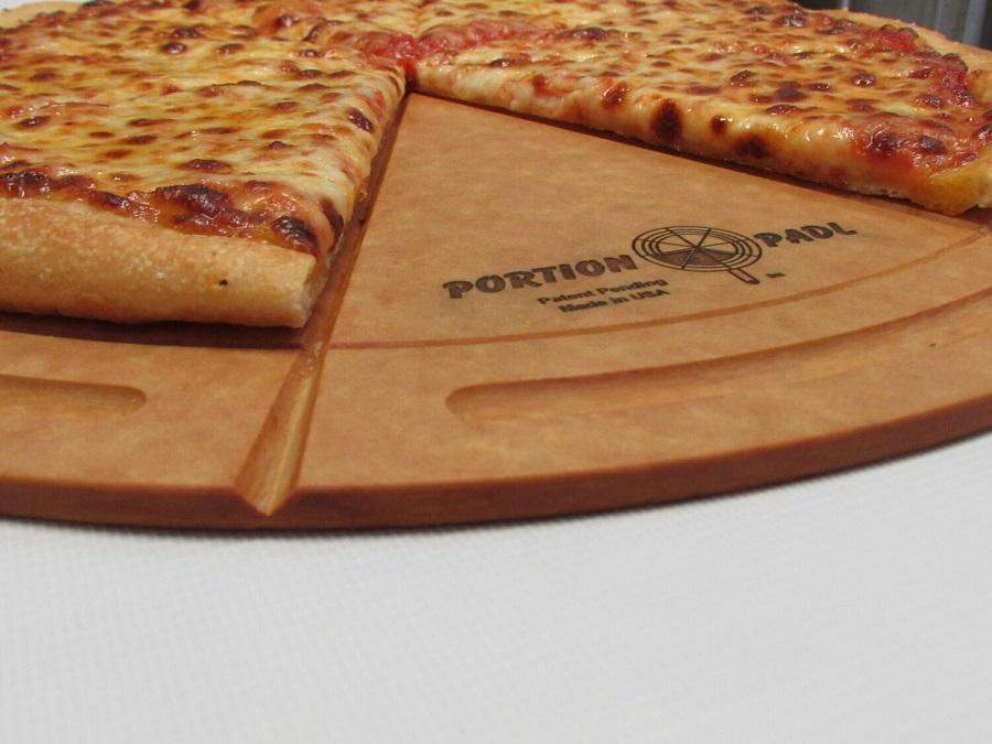 В США создали бесконтактную разделочную доску для пиццы
