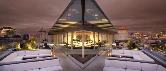 10 лучших баров на крыше по версии «Premier Traveler»