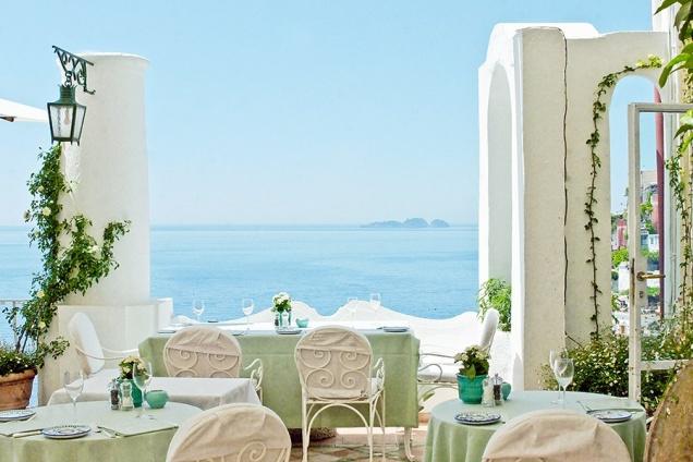 14 лучших ресторанов на побережье по версии Architectural Digest