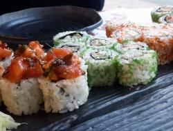 Buba: хорошие суши и роллы с кимчи