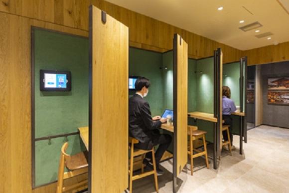 Starbucks открыла специальную кофейню для фрилансеров