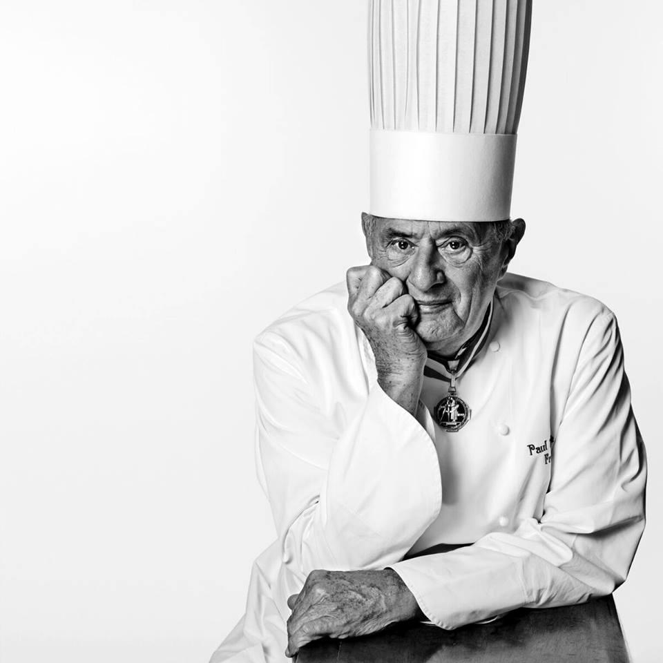 Шеф-повара плачут на своих кухнях: умер «отец французской кухни» Поль Бокюз