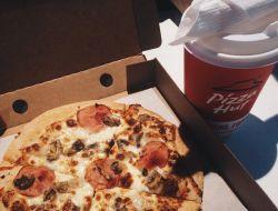 Pizza Hut прекратит использование антибиотиков в курице