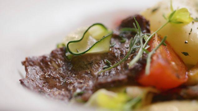 На МКС впервые вырастили искусственный говяжий стейк