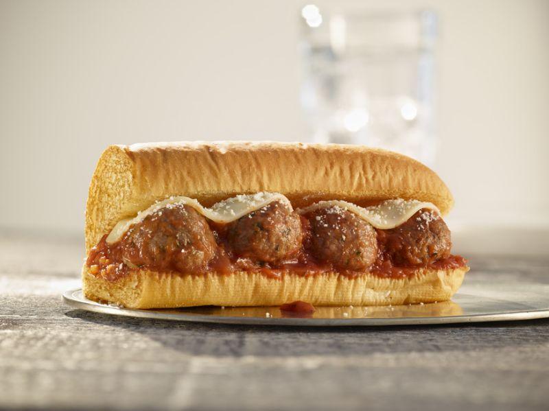 В Subway появится сэндвич с веганскими фрикадельками