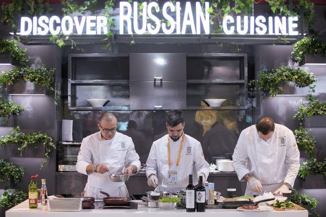 В Шанхае представили российскую кухню и гастрономию