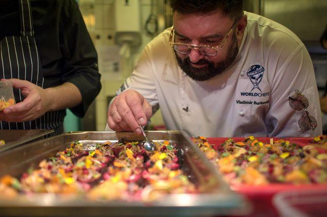 Владимир Бурковский представил сибирскую кухню в Монако