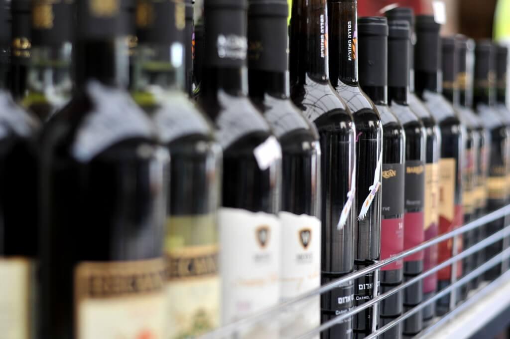 Февраль начнется с рейдов по супермаркетам с алкоголем