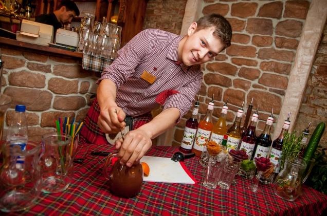 Пьем с Евгением Гизатулиным