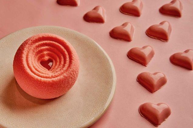 Лимитированные десерты и спецпредложения в ресторанах ко Дню святого Валентина