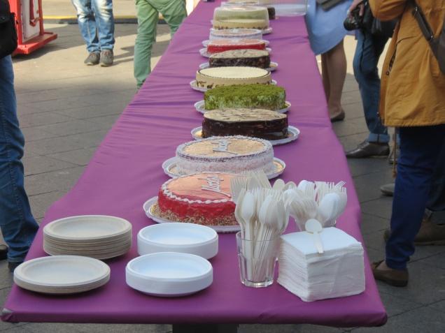 Определились 3 претендента на звание торта «Москвы»
