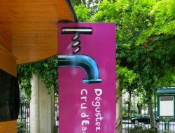 В Париже установят фонтаны с газированной водой в каждом округе