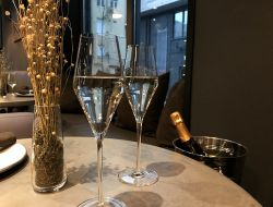 День шампанского в Cameo