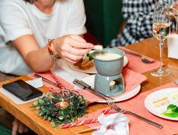Альпийские вечера с фондю   в L'Apero brasserie&wine на