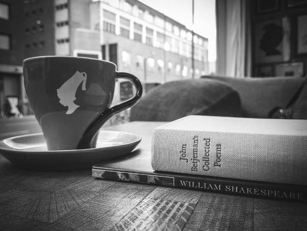 Julius Meinl меняет стихи на кофе