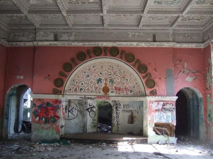 Ресторан «Кавказ» в Нескучном саду восстановят