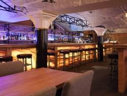 Марач, Кан и Оленченко открыли бар «по себестоимости» TRUE COST BAR & GRILL