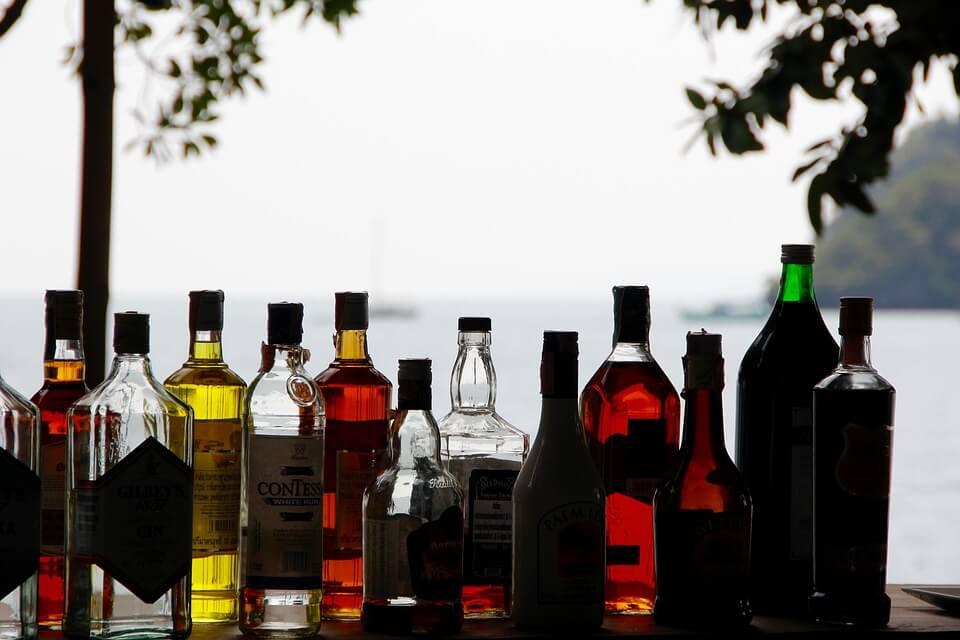 Подмосковным властям разрешили самостоятельно регулировать торговлю алкоголем