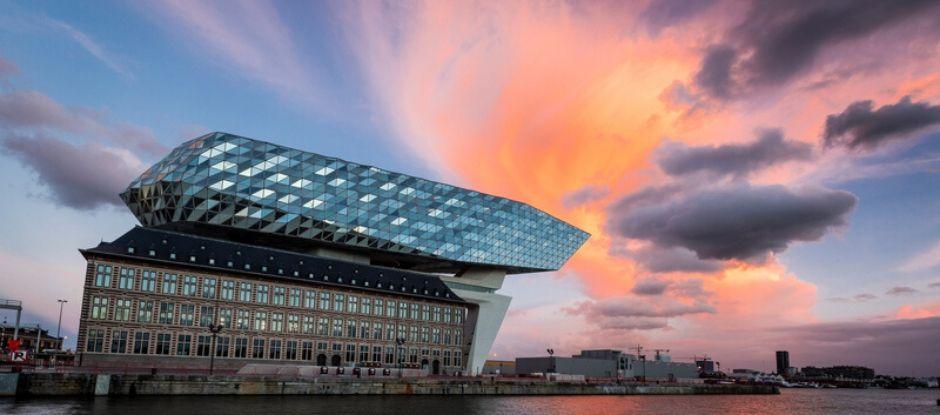 Премия The World's 50 Best Restaurants переносится на 2021 год из-за коронавируса