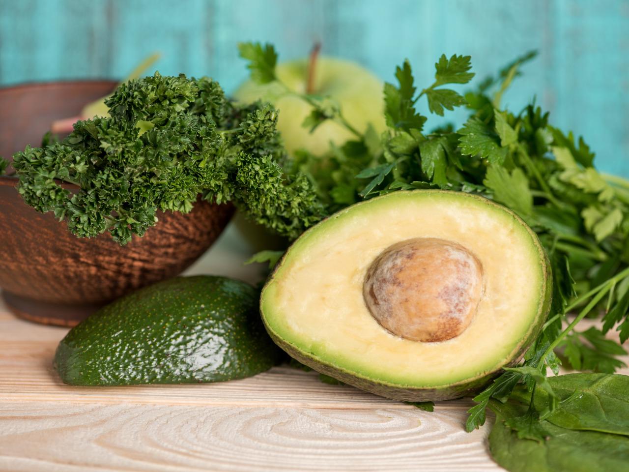 Авокадо положительно влияет на мозг