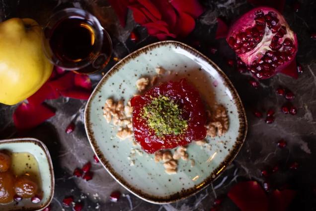 Рецепт турецкого десерта Айва татлысы от су-шефа ресторана Eleven Meathouse Омера Гюмюш