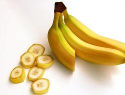 Японцы изобрели бананы со съедобной кожурой