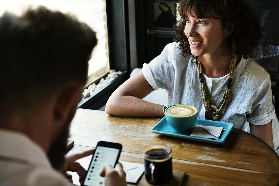 Четыре чашки кофе в день снижают риск смерти
