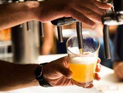 Лицам младше 21 года запретят продажу алкоголя