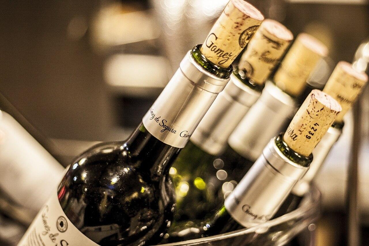 Минимальная цена на вино достигнет 190 рублей