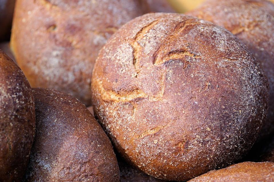Хлеб из зерна для скота хотят запретить