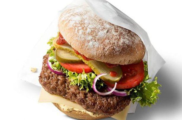 «Макдоналдс» представит свой первый органический гамбургер