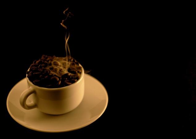 7 страшных мифов о кофе, которые развенчали ученые