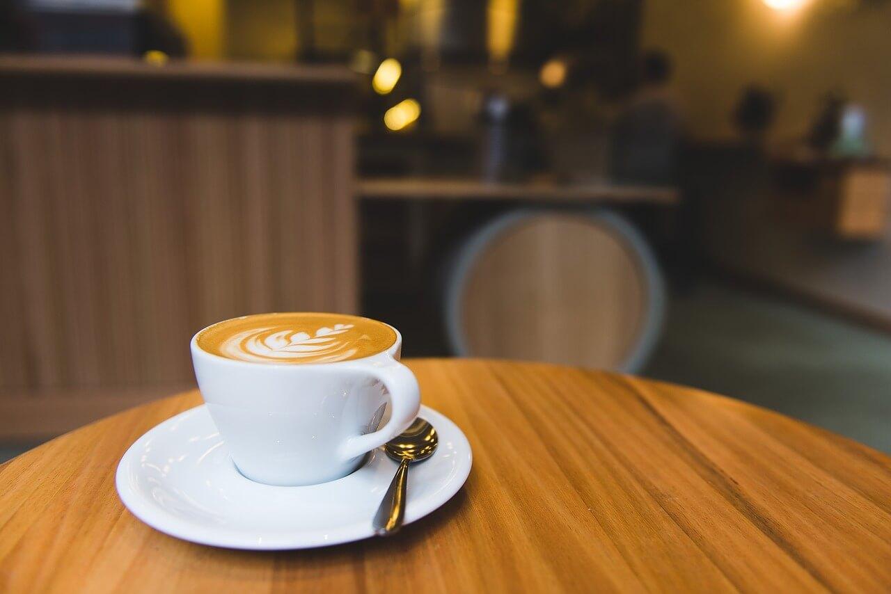 В столичном метрополитене открылась первая кофейня «М Кафе»