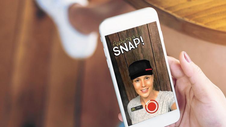 Макдоналдс начал принимать на работу через Snapchat