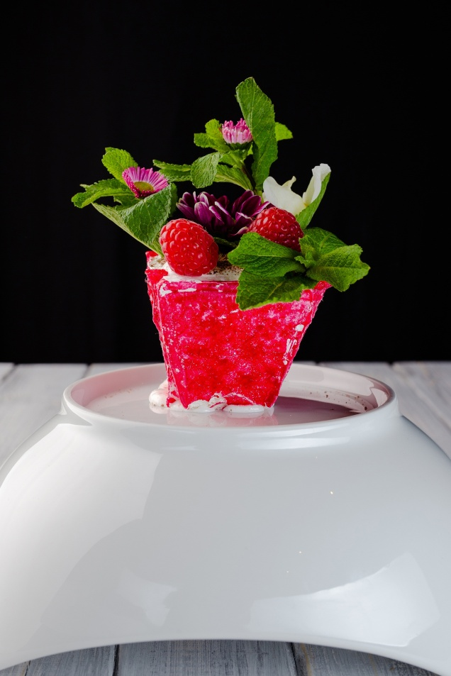 Десерт Анна Павлова с кремом из мыльного корня