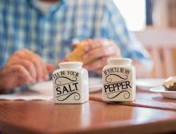 Рестораны обяжут перейти на йодированную соль