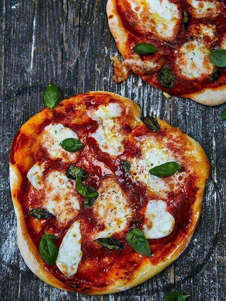 Неаполитанцы побьют рекорд миланцев по приготовлению самой большой пиццы в мире