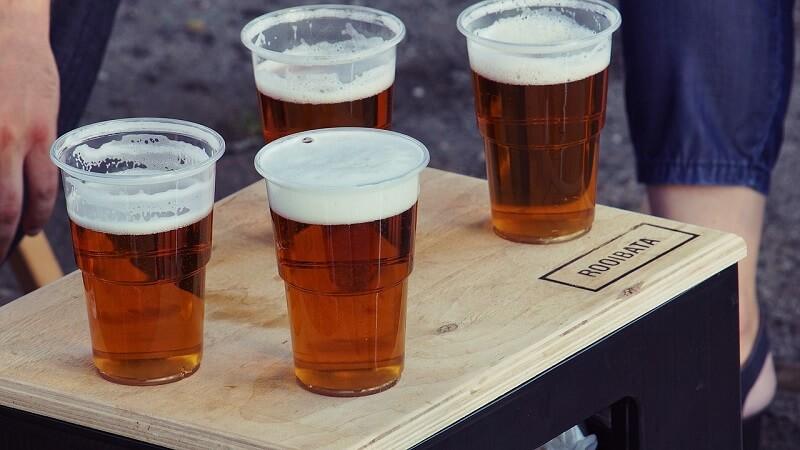 В майские праздники ограничат продажу алкоголя и газировки