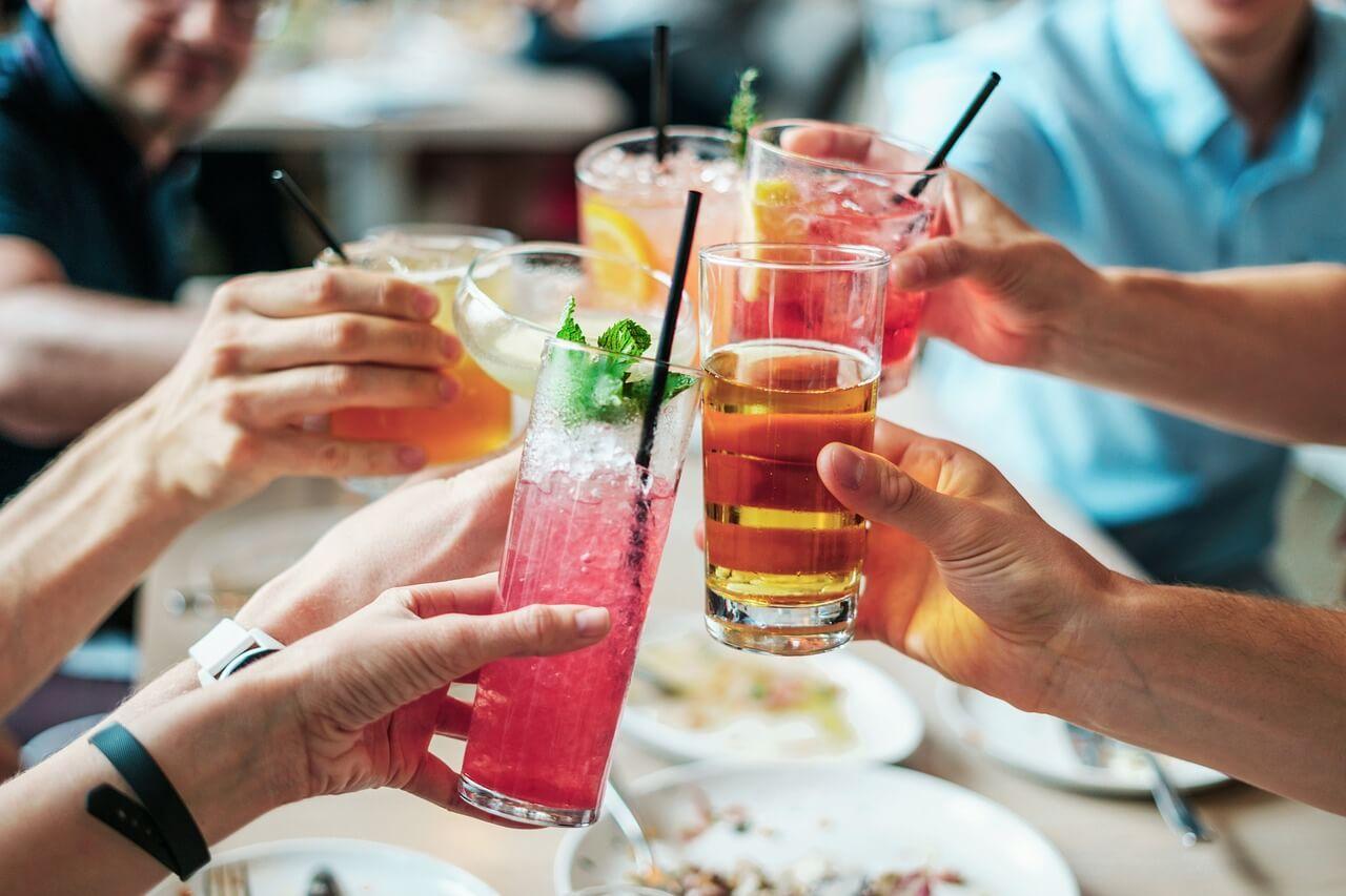 Разные алкогольные напитки по-разному влияют на настроение