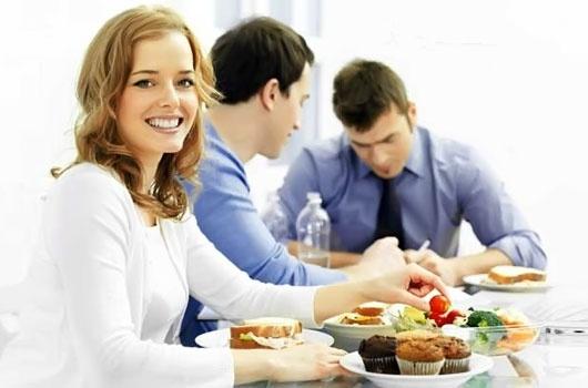 Характер человека определяет его отношение к еде