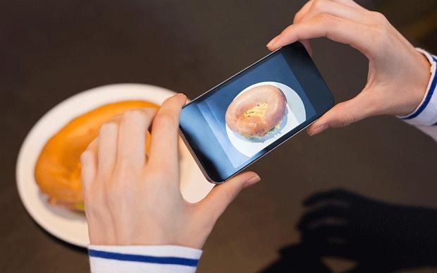 Google разработает приложение, подсчитывающее калорийность блюд