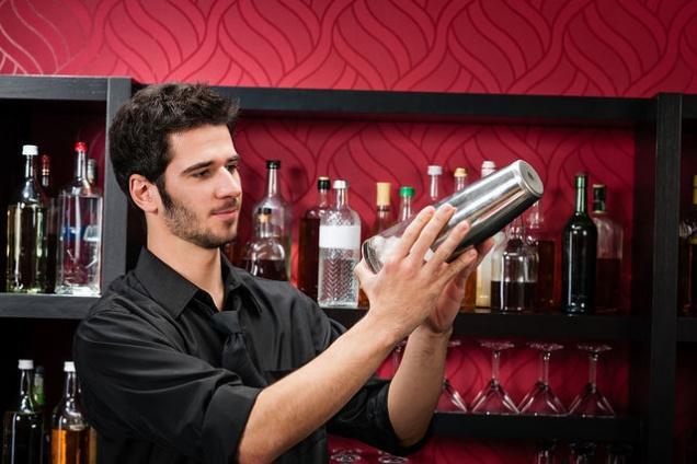 Рестораторы перестали закупать элитный алкоголь