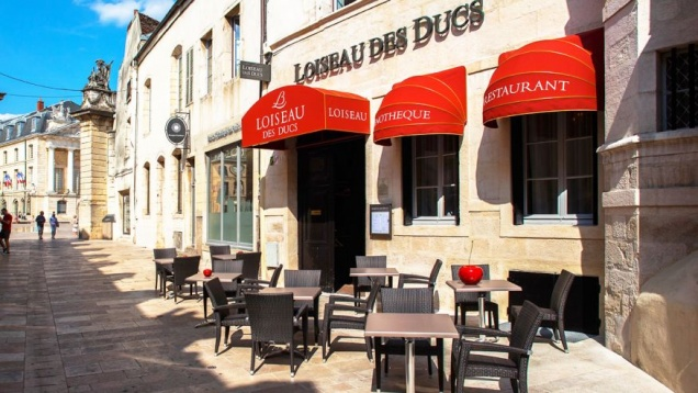 Француза оштрафовали на круглую сумму за ложный отзыв о ресторане