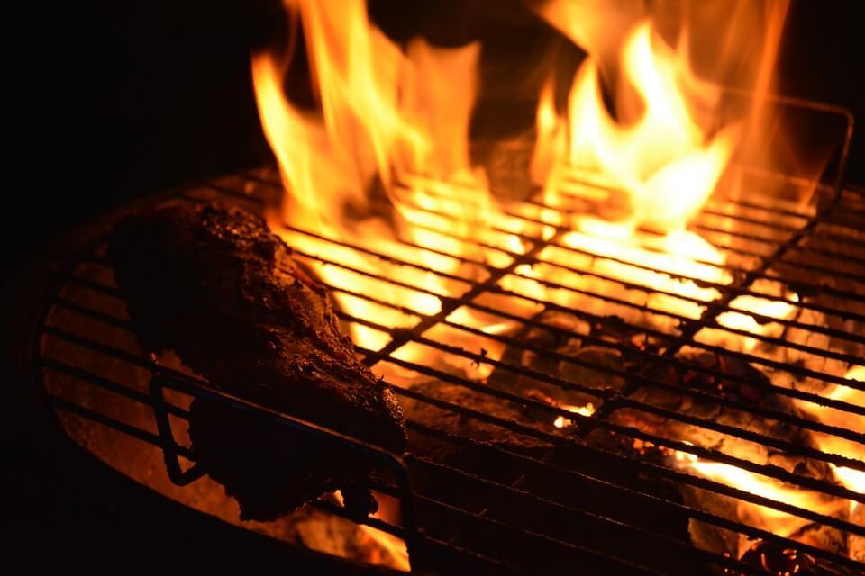 Древние европейцы питались сырым мясом